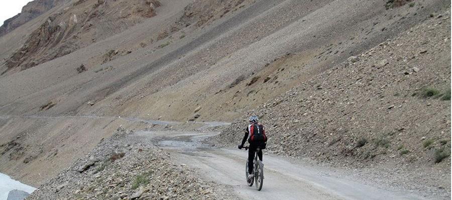 Nepal: 18d Mustang Hidden trail Mountain bike