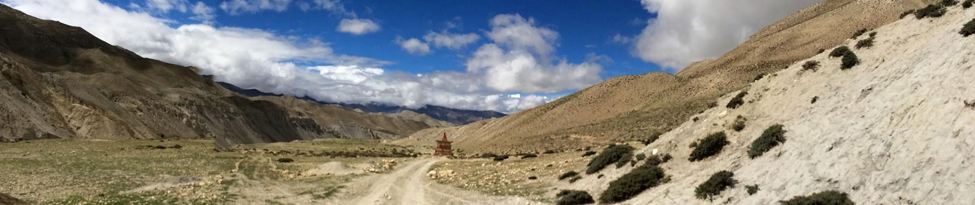Nepal: 19d Mustang  Lo - Manthang Trek