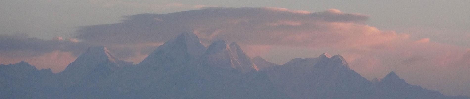 8d Nepal Panorama